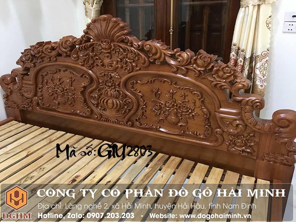 giường ngủ bằng gỗ gụ đục hoa hồng