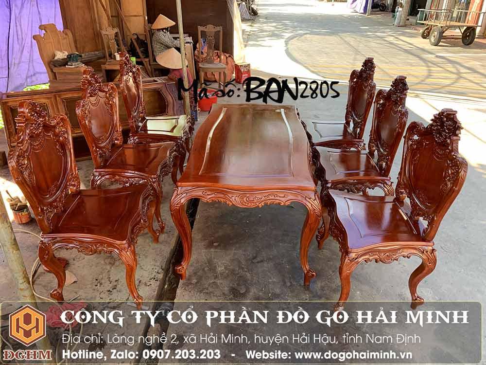 bộ bàn ghế ăn phong cách châu âu