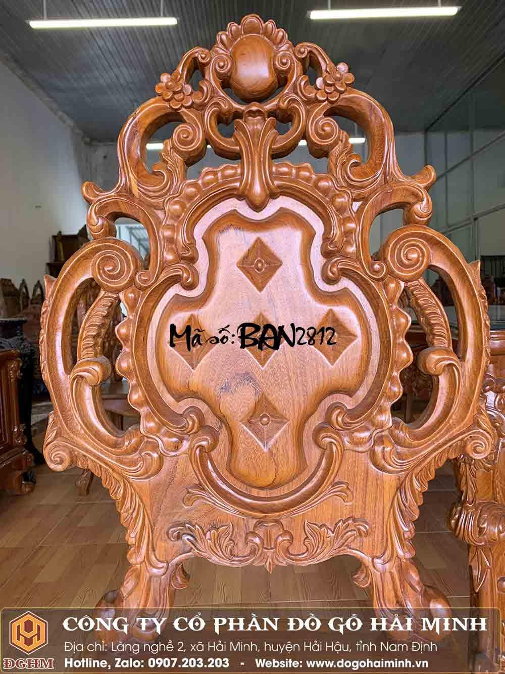 mẫu ghế ăn đục tân cổ điển